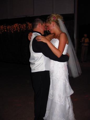 Wedding dance in love